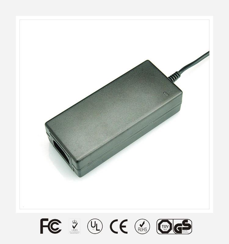 60W桌面式电源适配器