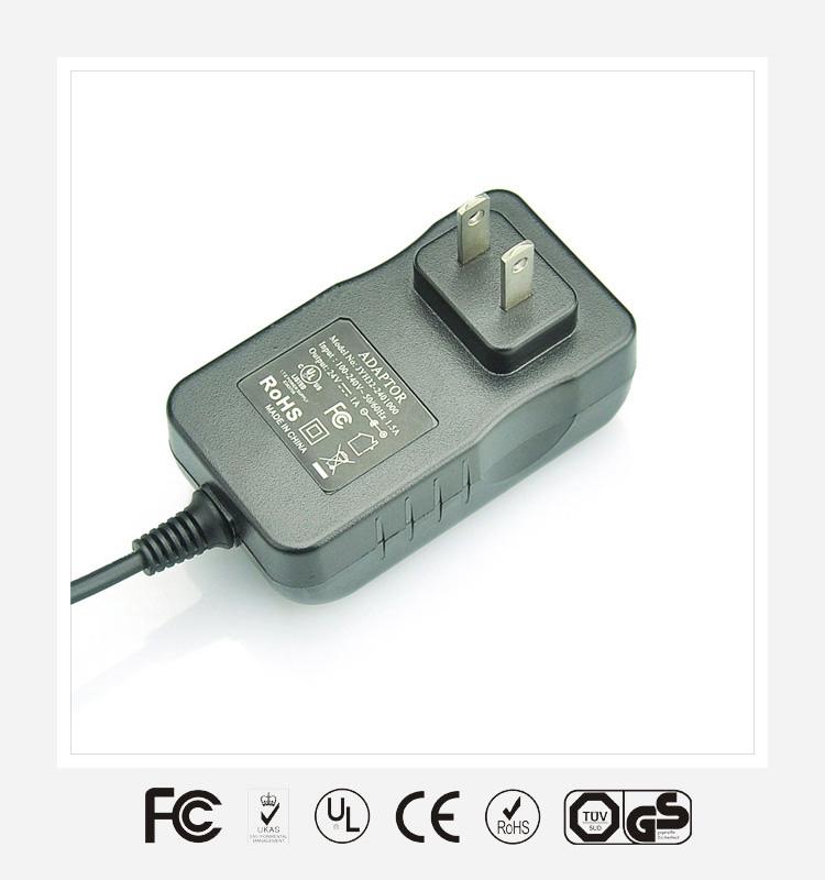 12V2A插墙式优质电源适配器