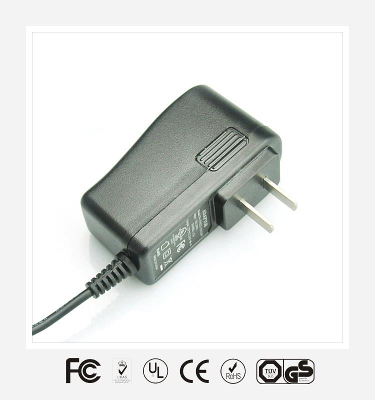 12V1A国标立式优质电源适配器