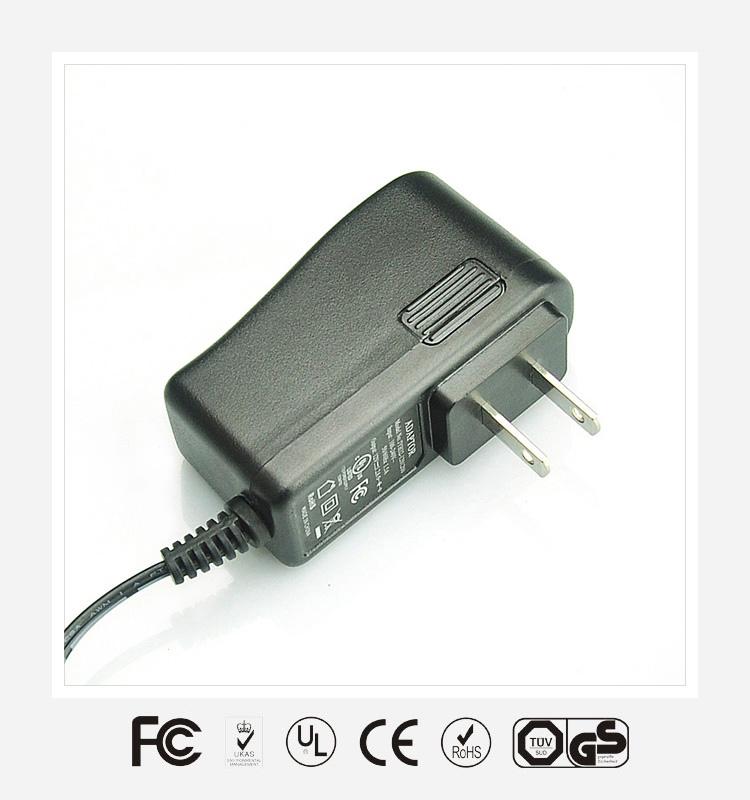 5V2.5A美规立式优质电源适配器