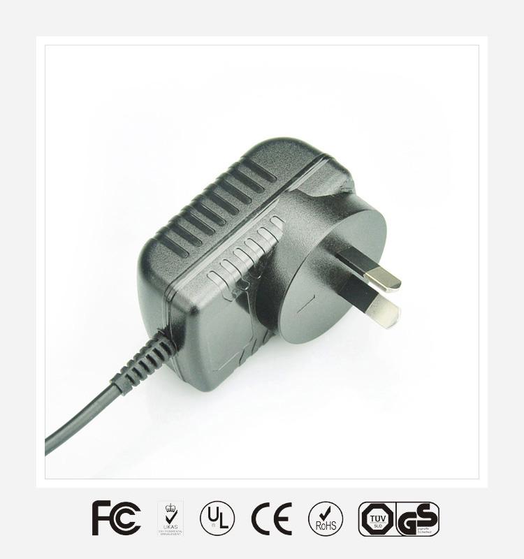 6V0.5A澳规卧式优质电源适配器