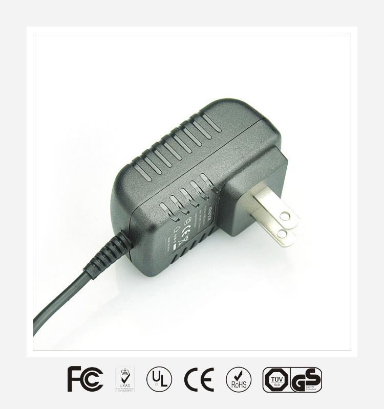 6V1A美规卧式优质电源适配器