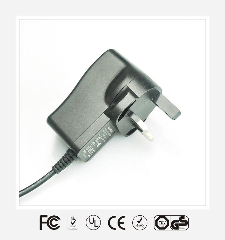 6V2A英规立式优质电源适配器