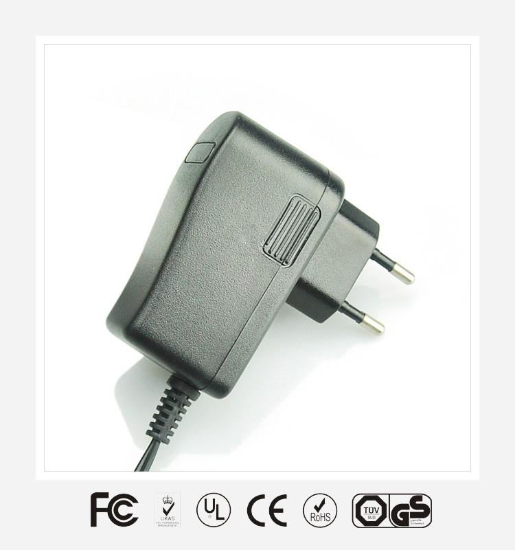 6V3A欧规立式优质电源适配器