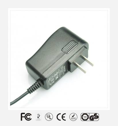中规立式优质电源适配器