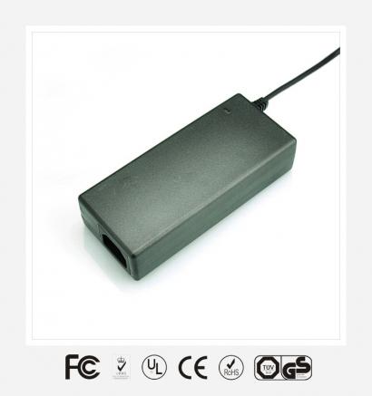12V7.5A桌面式优质电源适配器