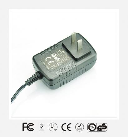 12V1A国标卧式优质电源适配器