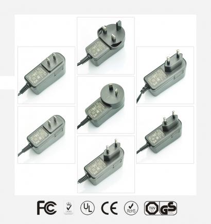 12V1A优质立式电源适配器