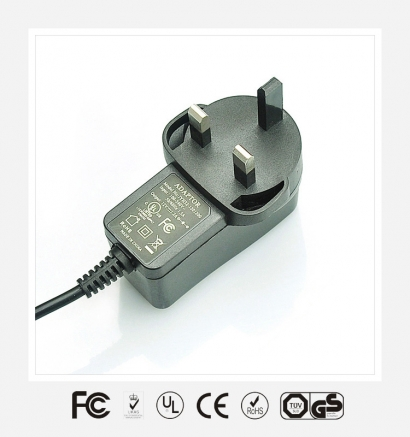 12V1A英规立式优质电源适配器