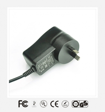5V2.1A澳规立式优质电源适配器