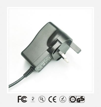 6V2.5A英规立式优质电源适配器