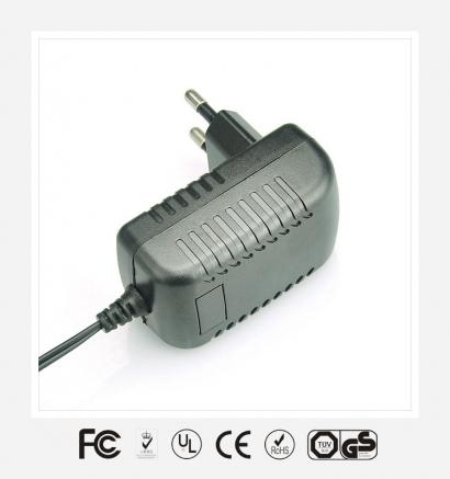9V1.5A欧规卧式优质电源适配器