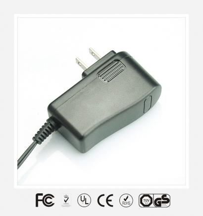 18V1A美规立式优质电源适配器